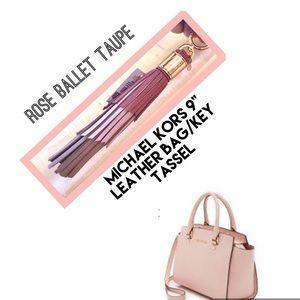 MICHAEL KORS Key Bag Charm Leather Rose Ballet